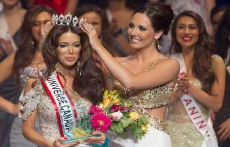 ملكة جمال كندا .. إيرانية الاصل